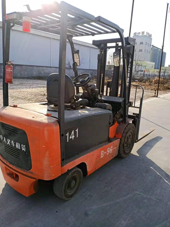 招远斗山大宇3/3.5吨柴油叉车故障维修/林德蓄电池叉车维护保养