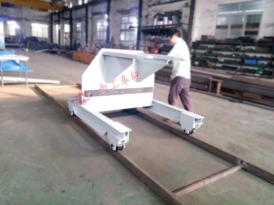 3吨无动力手推轨道拖车