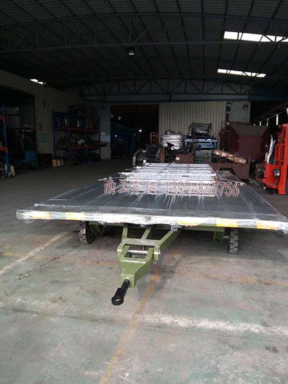 南工3吨护栏平板车
