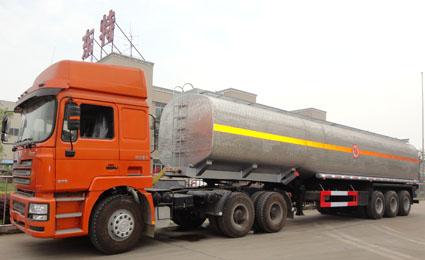 不锈钢化工液体运输车
